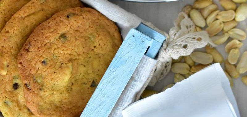 Ricetta cookies alle arachidi e gocce di cioccolato