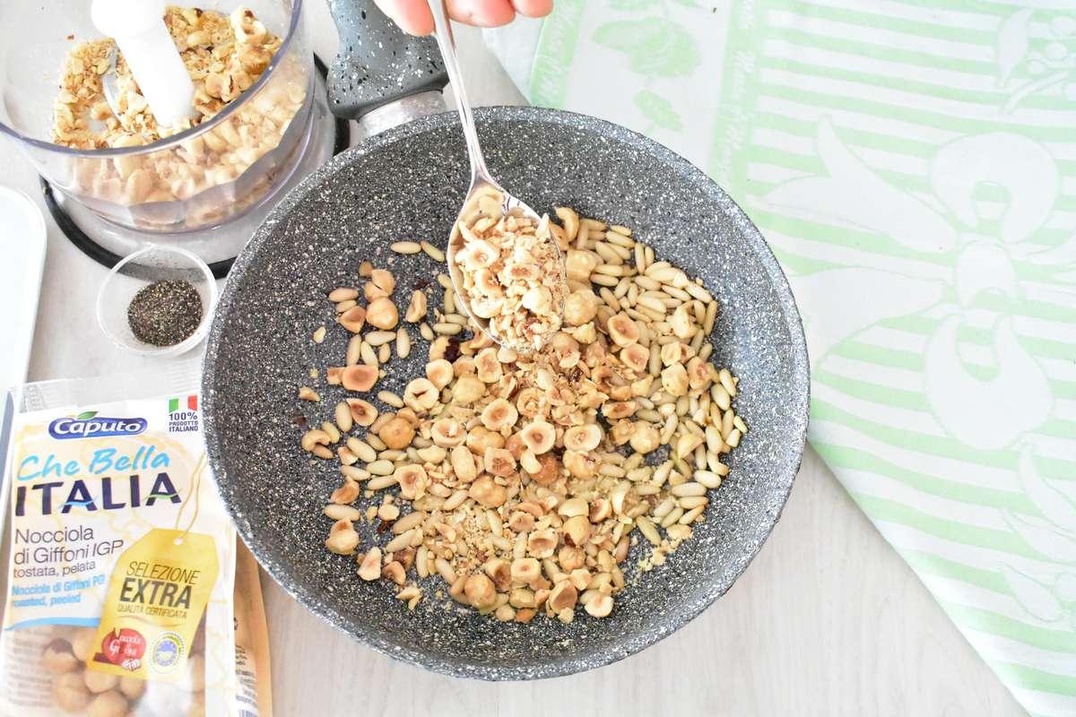 Ricetta pan brioche allo yogurt con nocciole e pinoli