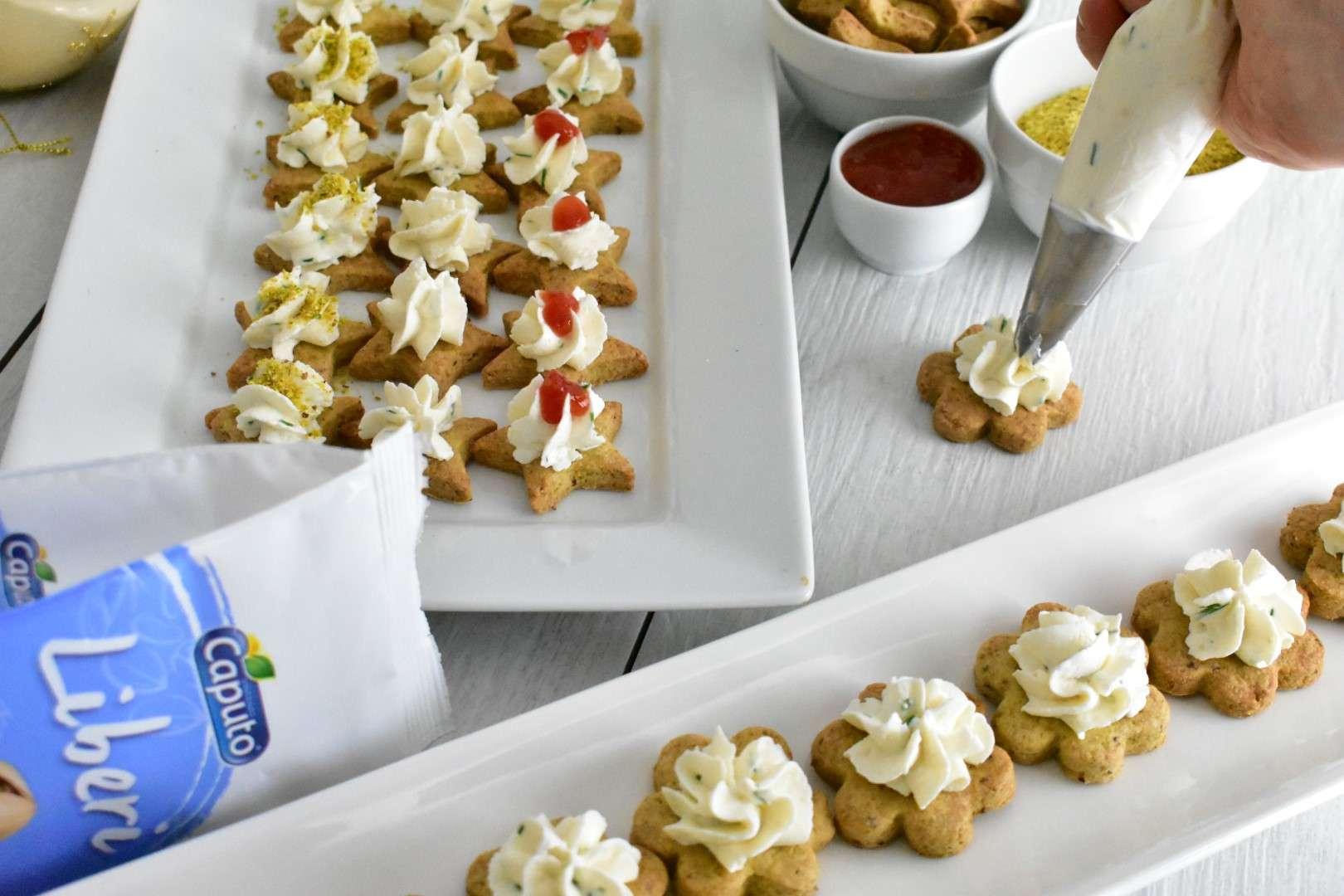 Preparazione Biscotti al Pistacchio e crema di Rabioli | Vincenzo Caputo Srl
